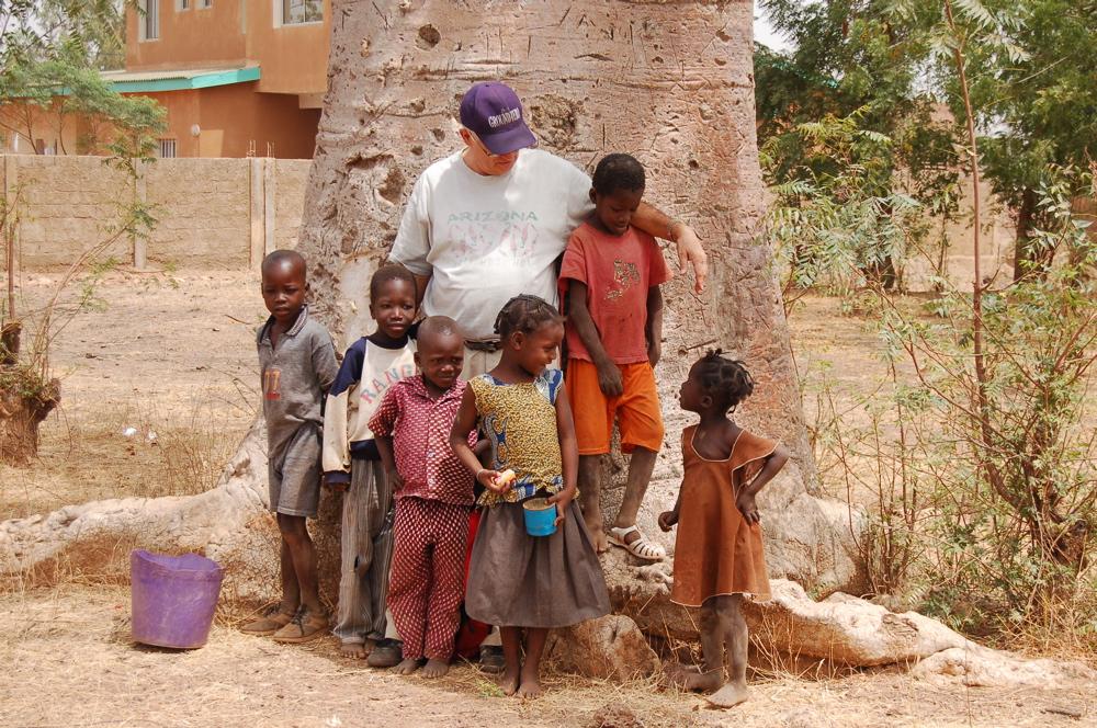 http://www.kammlott.net/Burkina/095Baobab.jpg
